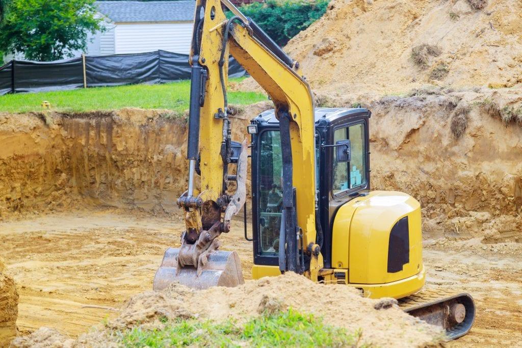 Tuin uitgraven en grond afvoeren particulier