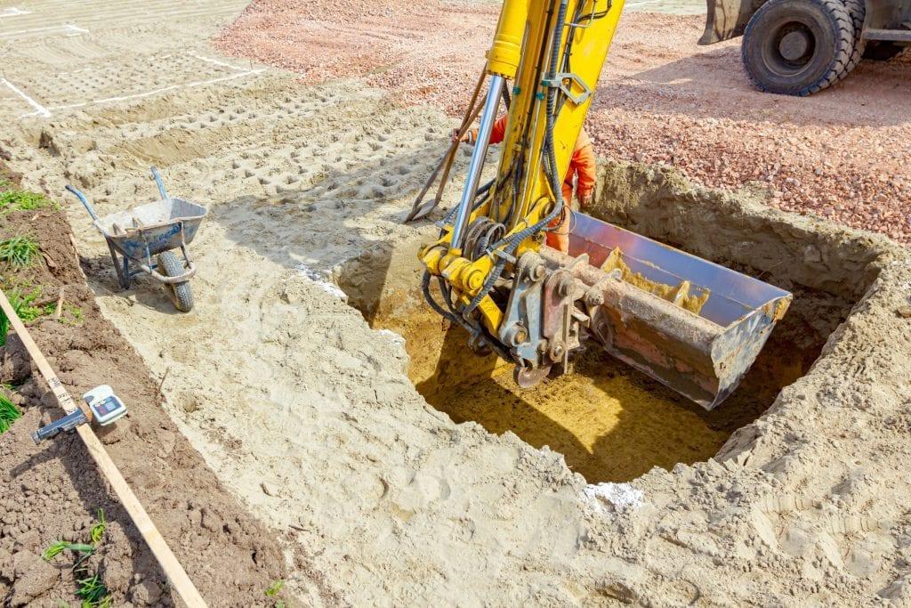 grond afgraven en afvoeren tuin