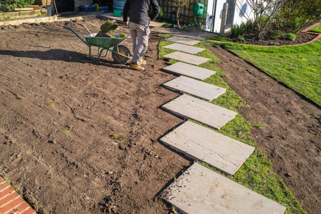 hovenier tuin aanleggen afgraven
